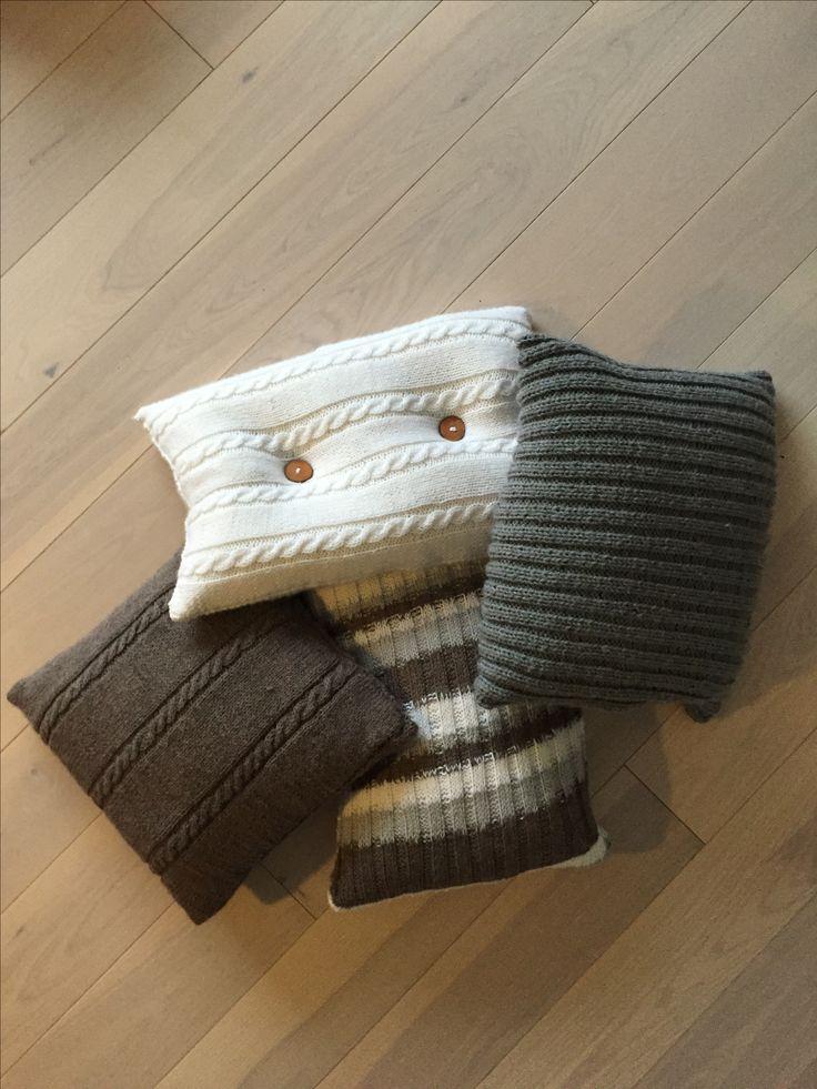 Knitted pillows. Homemade.  Strikkede puder. Årets julegaver...