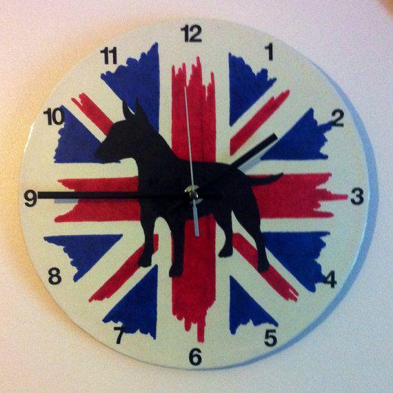 Bull-Terrier anglais Upcycled Vinyl Record horloge par ClockyWocky