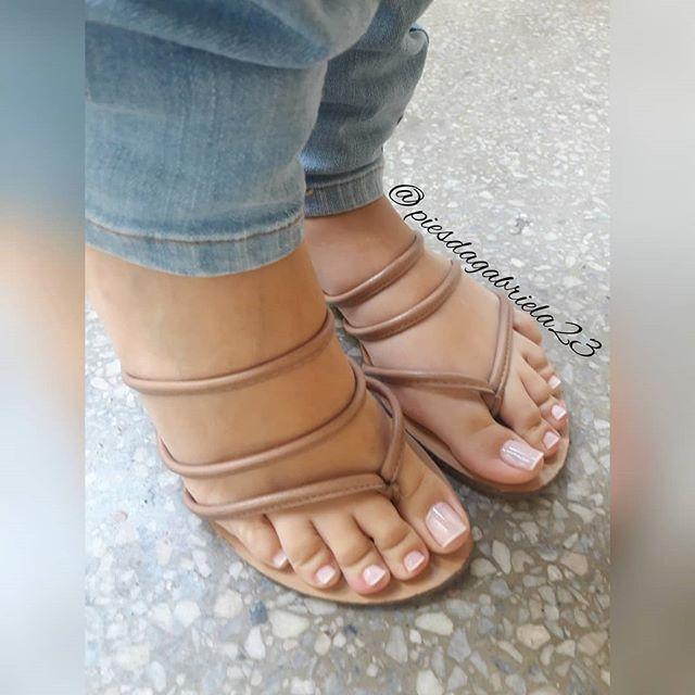 Voy a ir subiendo las fotos por color.. •○● #inshot #feet #foot #footworship #footfetish #fetish #toes #toe #toering #toesucking #footslave #feetporn #lovefeet #polish #nice #piesdescalzos #dedos #pies #footmodel #soles #pés #pezhino #pezhinosdeprincesa #girls #cute #happy #hot #cool #fashion #my ●○•