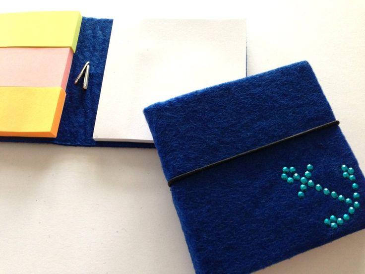 Klebezettel & Haftnotizen - Schickes Haftnotizbuch aus Filz - blau - ein Designerstück von Strassfee bei DaWanda