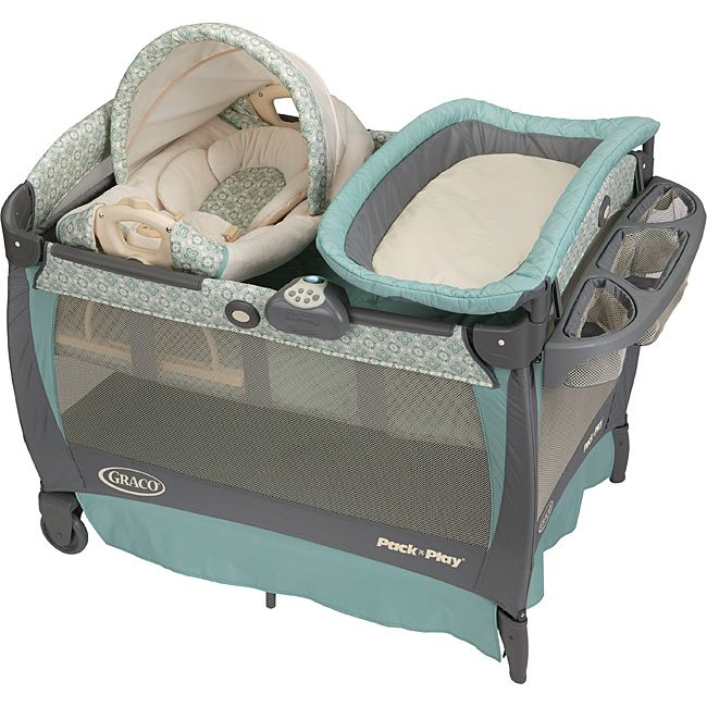 Keep your baby cozy with this incredibly versatile Cuddle Cove Pack n' Play by Graco. This Pack 'n Play features a removable vibrating rocking seat and convenient soft changing table in an adorable Winslet pattern.