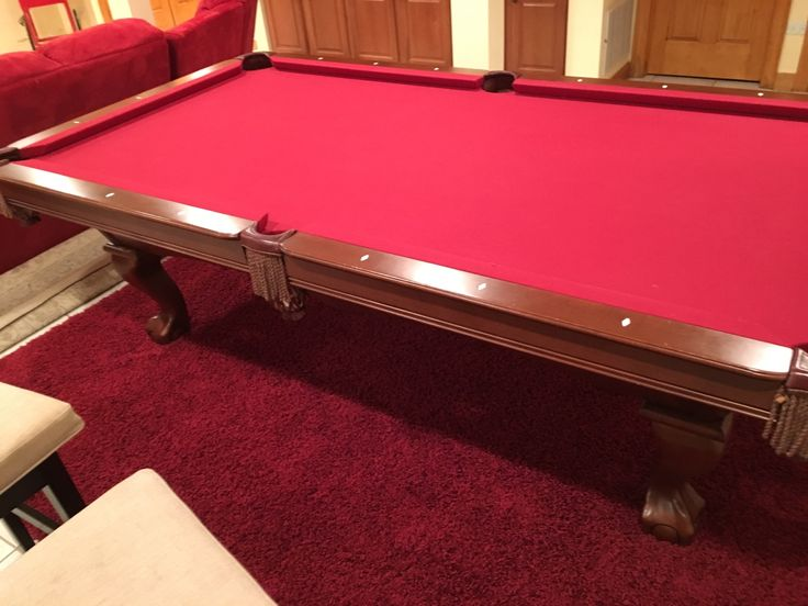 Brunswick Billiards Pool Table 8'