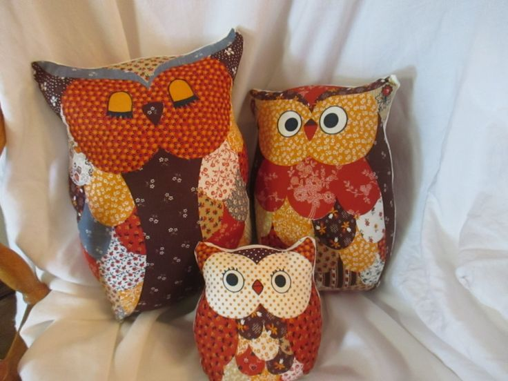 Adorable set of 3 1970's Vintage Owl Pillows- In Mint Condition by BluberryHillBoutique on Etsy