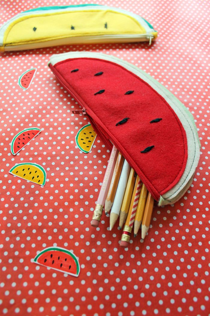 DIY Watermelon Zipper Pouch for Summer | This fun and flavorful pencil pouch is perfect for back to school season!