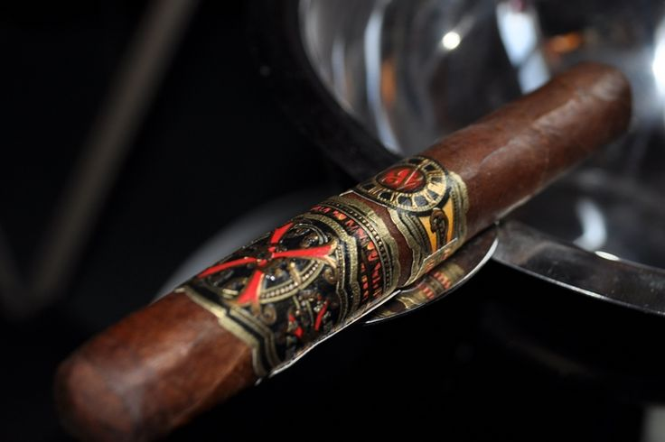 Puff Puff - The World's Top Cigars