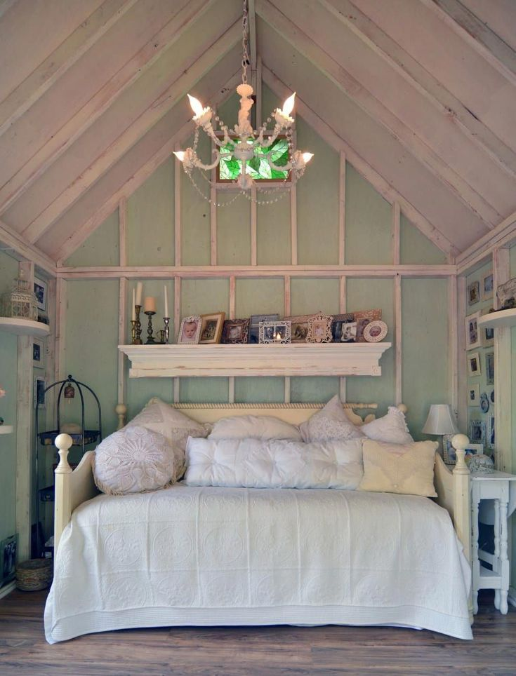19 Gorgeous She Sheds That You Ll Want To Retreat To Asap Shed Interior Shed Decor Shed Plans