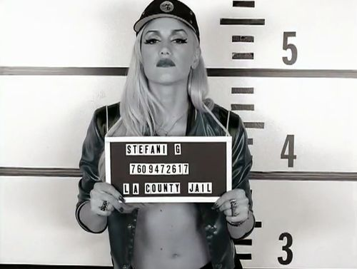 LOVED Gwen's chola phase. She needs to bring that back.