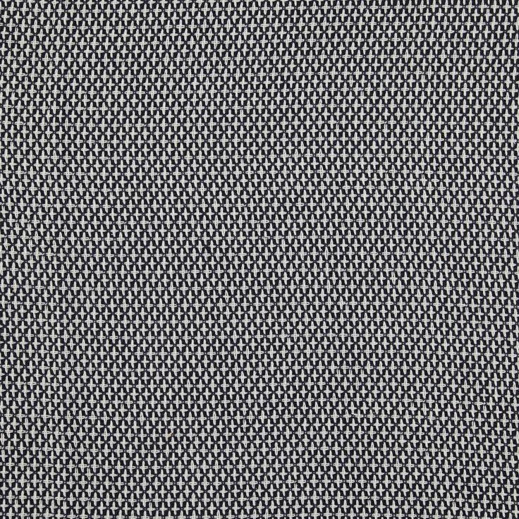 - Deze chic geweven stof is geschikt voor talloze creaties zoals mantels, mantelpakjes, jasjes of rokken. Hij zit perfect en is stevig en kan daardoor ook gebruikt worden om meubels te bekleden. De stof is omkeerbaar, waardoor jegeen voering nodig hebt. - Voorkant:zwarte ondergrond, witte kruisjes geweven met dubbele draad in een regelmatig patroon. Afmeting van een kruisje: 1,5 x 1 cm. - Achterkant: zwarte ondergrond en stipjes van 0,5 cm. - Breedte 145 cm. - 100% synthetisch weefsel.