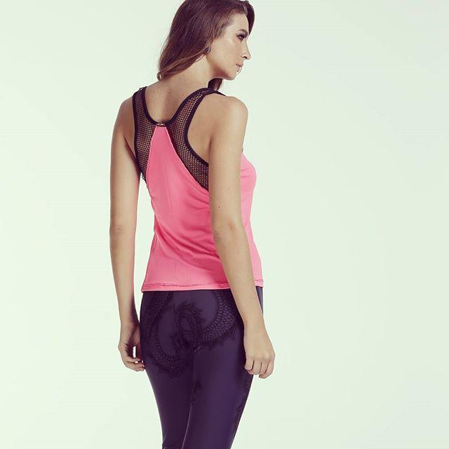Blusa com detalhe de telinha, super tendência. Na Art Stilo tem 😍💙 #artstilo #euuso #euamo