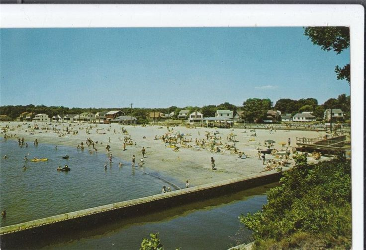 Vintage Postcard Point O Woods Beach South Lyme CTlooking south circa 1962