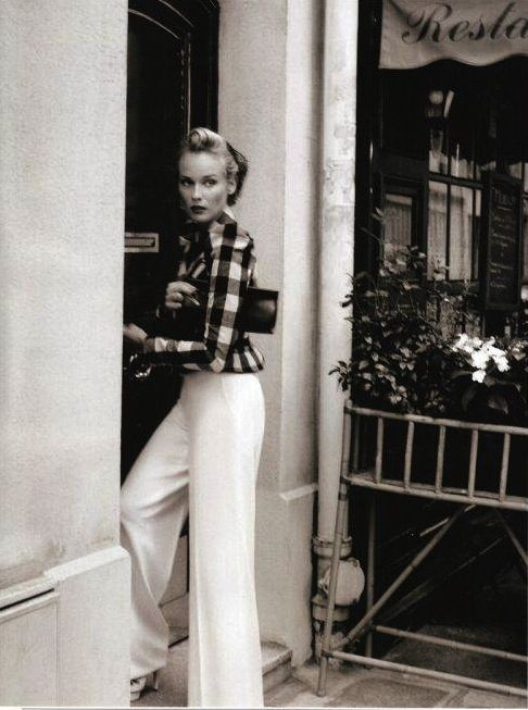 .Photos, Fashion, Vintage Chic, Style Inspiration, White Trousers, White Pants, Buffalo Check, Karl Lagerfeld, Diane Kruger