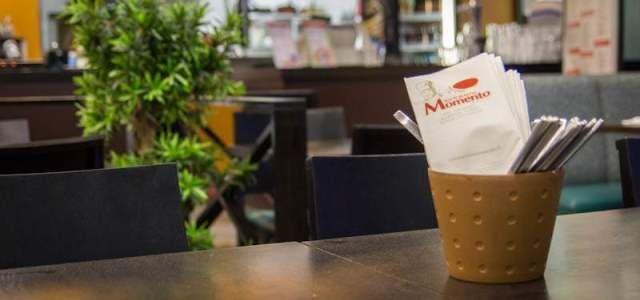 Ristorante Momento tarjoaa konstailematonta pikaruokaa Lahden kauppakeskus Karsiamssa. Näillä annoksilla ei jää nälkä.