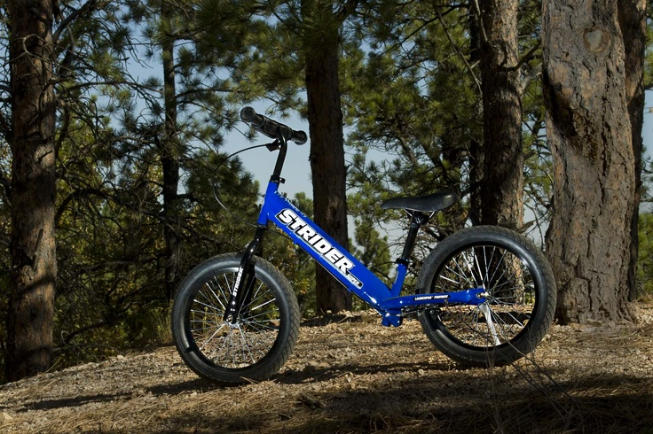 "SS-1 Super STRIDER 16"" No-Pedal Balance bike for children 6 Years old to 10 Years old. STRIDER is Bringing back the FUN in riding a bike in 2013."