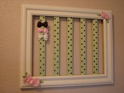 Another upcycled picture frame (how many frame projects have we pinned... Borderline or full blown crush?)  Be inspired - http://www.pinterest.com/corescuedrelics/