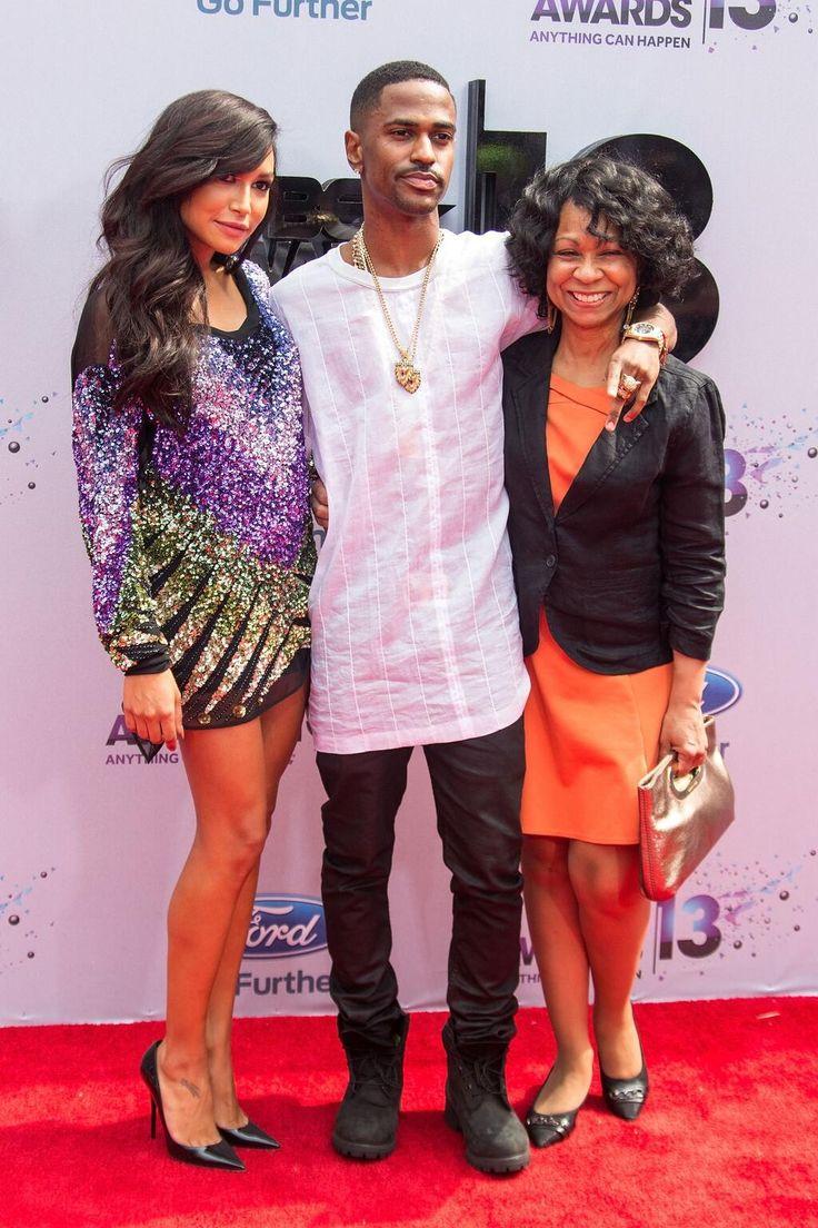 Naya, Sean & his mom at the Bet Awards 2013. So cute :)