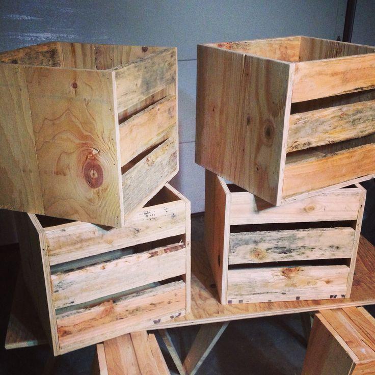 lpvinyl storage crates using pallet wood