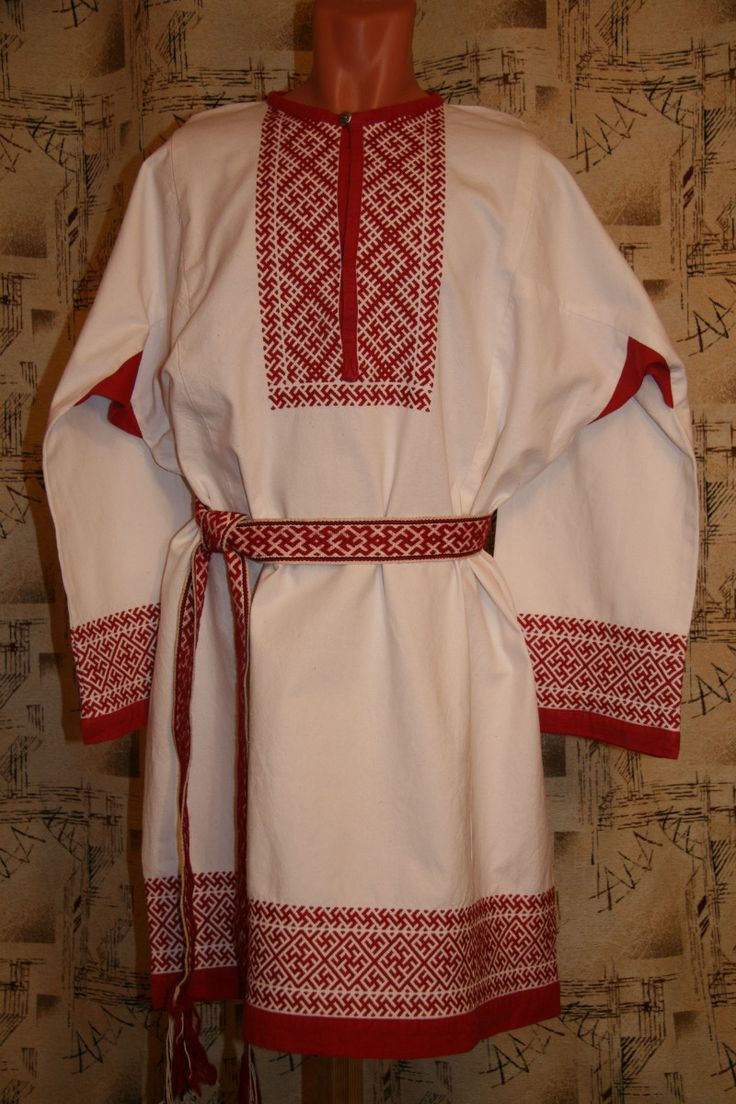 Traditional Russian clothing - red embroidery!
