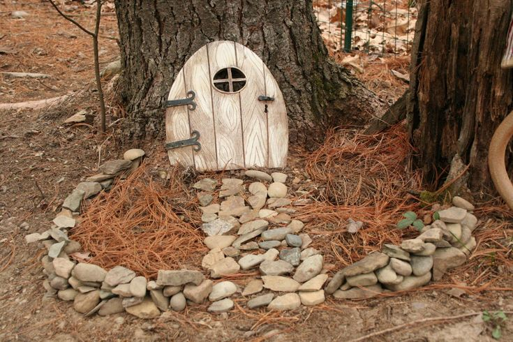 71 best images about gnome trees on pinterest gardens for Fairy house doors