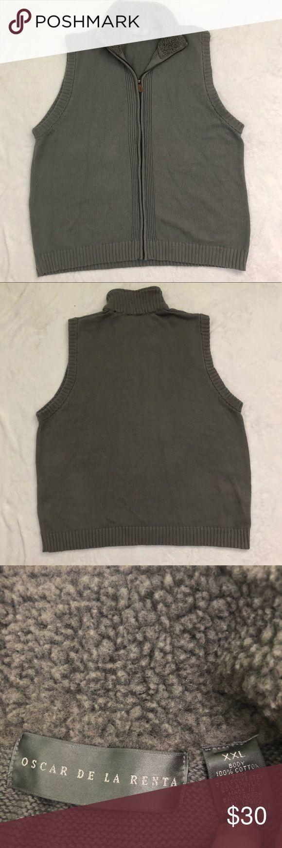 Oscar de la Renta Zip-up Vest XXL Faux Fur Lined Size 2x  Grey zip up style  Faux fur collar  Knit sweater material Oscar de la Renta Jackets & Coats Vests