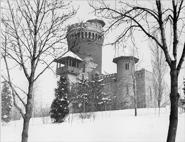 Bucuresti - Parcul Carol - Turnul lui Vlad Tepes - interbelica