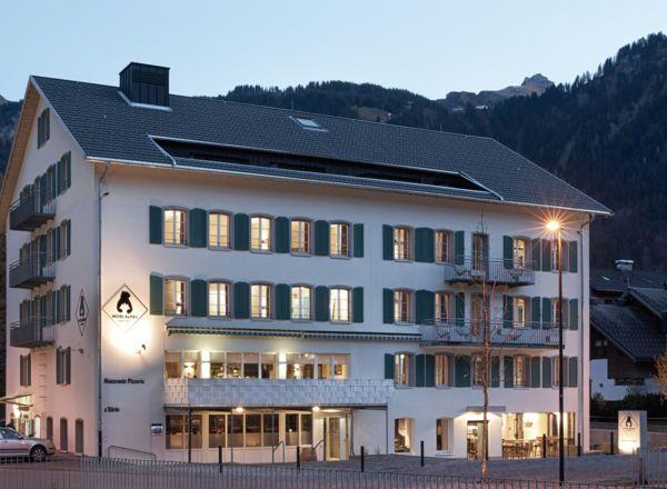 Die besten 25+ Hotel bären Ideen auf Pinterest Hotel zum bären - herrenhaus 12 jahrhundert modernen hotel