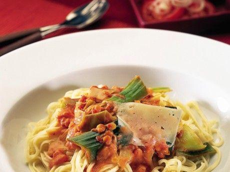 Tomat- och linssås till pasta Receptbild - Allt om Mat