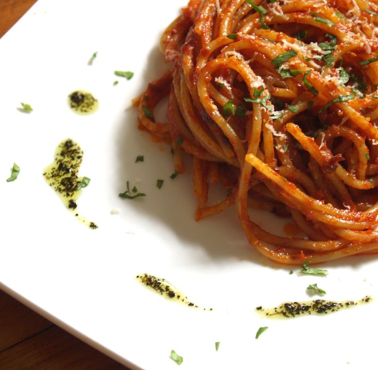At 9.00 am already thinking to lunch!!! #food #yum #instafood #Tags #yummy #amazing #instagood #lunch #fresh #tasty #foodie #delish #delicious #eating #foodpic #foodpics #eat #hungry #foodgasm #foods #italy #madeinitaly #spaghetti #pasta #primo #spaghettiarrabiata #piccante #hot #italiancooking #cooking