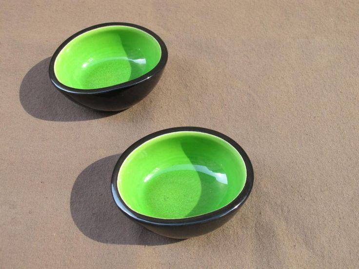 Trois Coupe De Keramos Sevres vert pomme, Curiosités d'Ainay, Proantic