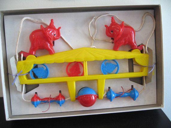 SPRINGSALE Crib Carnival. Midcentury crib action toy by fuzzandfu