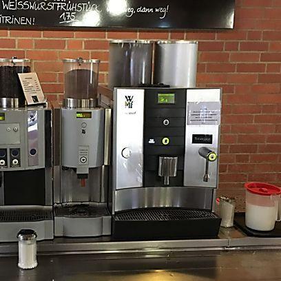 Lohnt sich ein Kaffeevollautomat fürs Büro? Diese 3 Tipps sollten Sie unbedingt beachten!