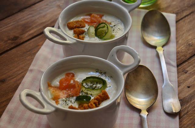 Crema de pepino y yogur griego. Cuchillito y Tenedor