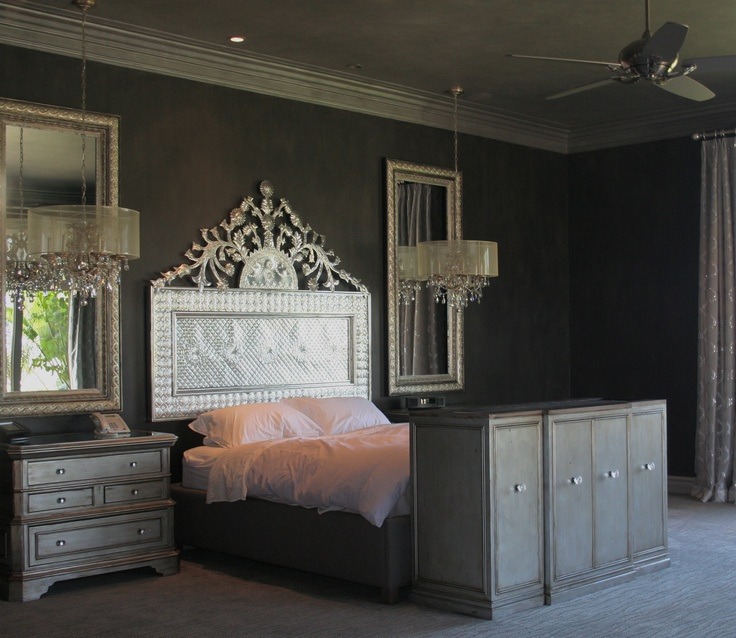 Sexy black gray and silver walls and ceiling with glitter for Silver grey walls