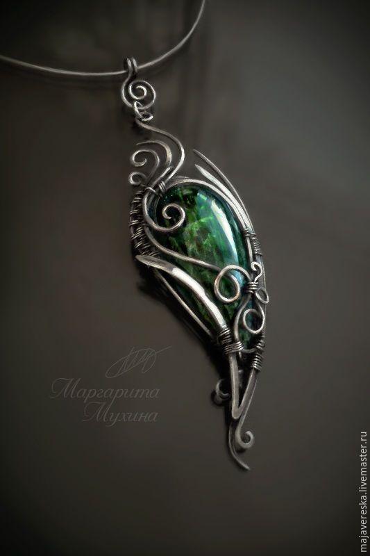 Купить Серебряный кулон с хромдиопсидом - тёмно-зелёный, изумрудный, серебряный, серебряные украшения, серебряный кулон