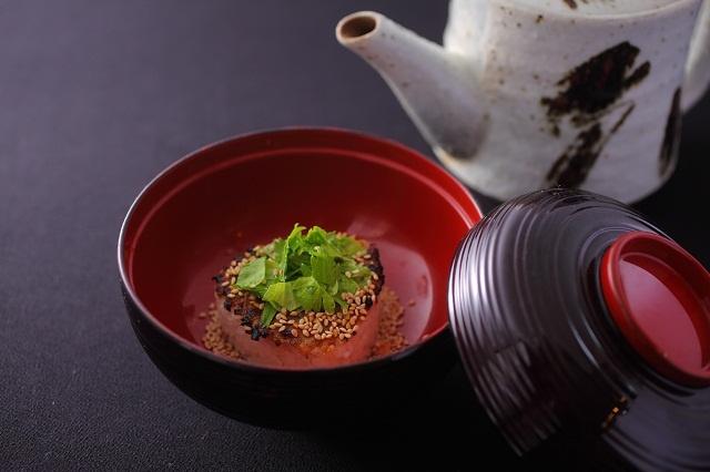 二十四節気 創作和会席【美湖膳】お料理一例 <ご飯>  信州味噌の焼きおにぎり茶漬け