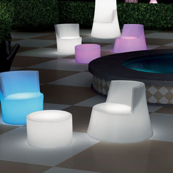 Torre Illuminated Outdoor Chair. With its interchangeable and remote controlled LED light inside, you can take it anywhere you want. No electrical cables, no mess, no fuss.