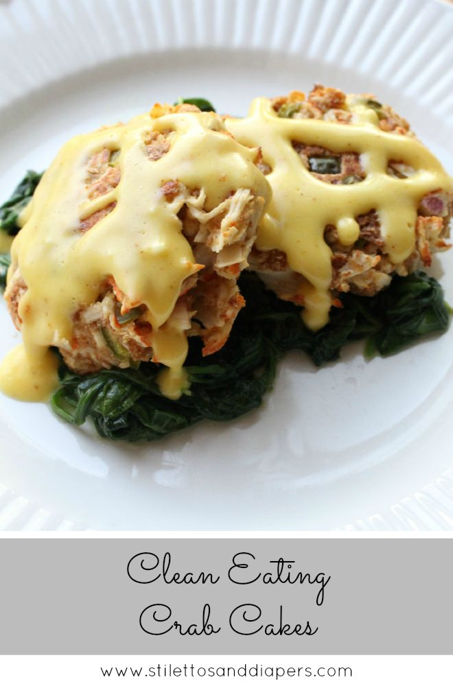 Crabcakes with Lemon Hollandaise