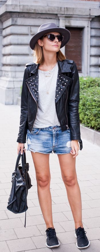 Paulien Riemis is wearing a leather jacket from Vila, T-shirt and hat from H&M, denim shorts from Zara, bag from Balenciaga and sneakers from Nike... | Style Inspiration