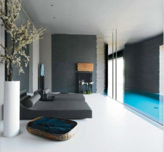 Madrid suburban house was built by Spanish architect Joaquin Torres. Bedroom.