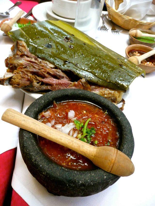 Haz de tu viaje a México una experiencia culinaria inolvidable con estos diez platillos: Barbacoa (típico de Hidalgo)