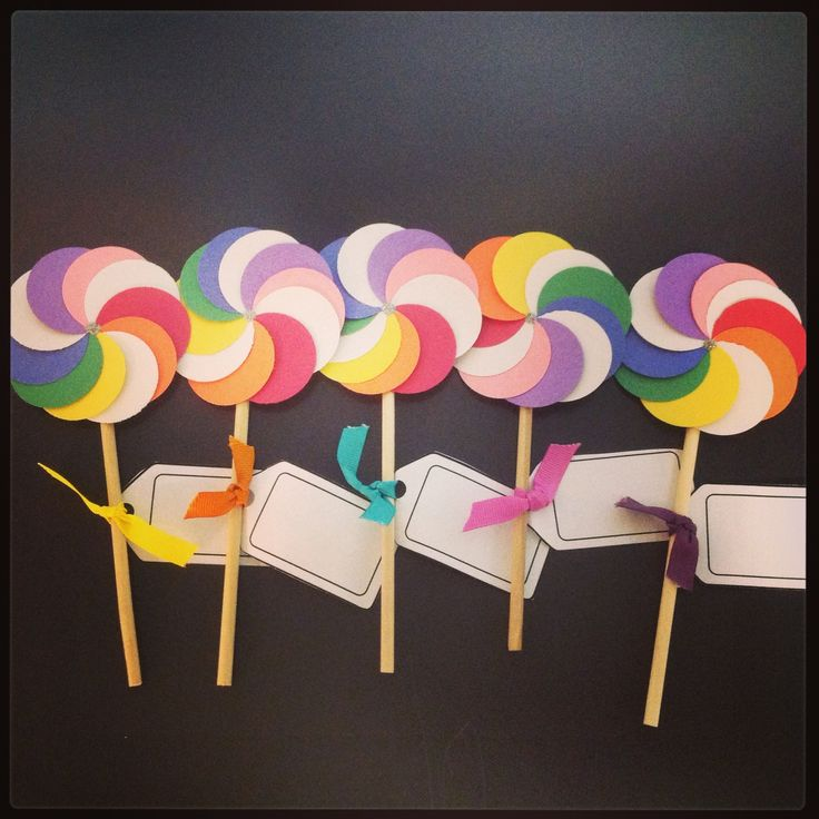 Lollipop door tags