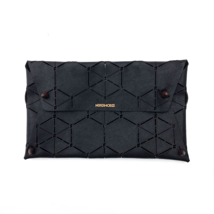 BLACKDOPE HEXAGON CLUTCH | Nappa Leather with Teakwood button