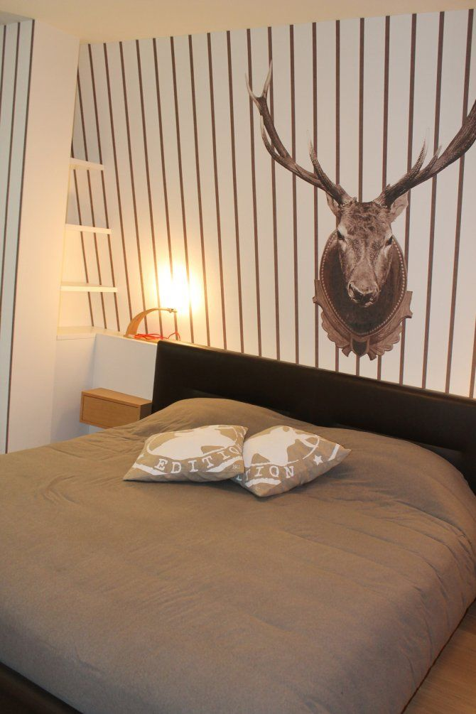 Appartamento a Foppolo - interior design - camera da letto matrimoniale - carta da parati a righe Wall&Decò