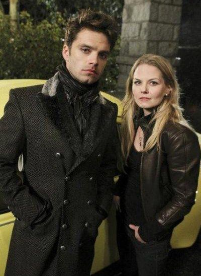 """Once Upon a Time: The Mad Hatter in the """"real world"""" and Emma :)"""