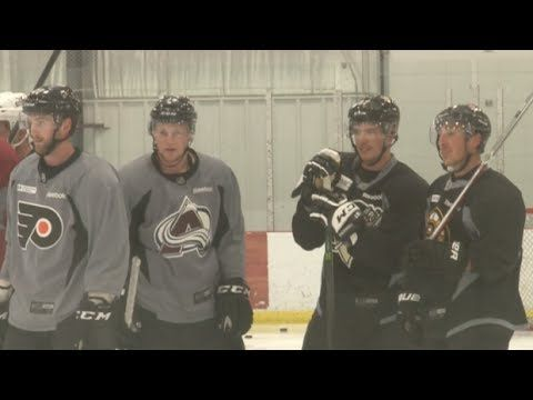 ibotube.com video 84379 nhl-workshop-featuring-sidney-crosby-plays-one-on.aspx