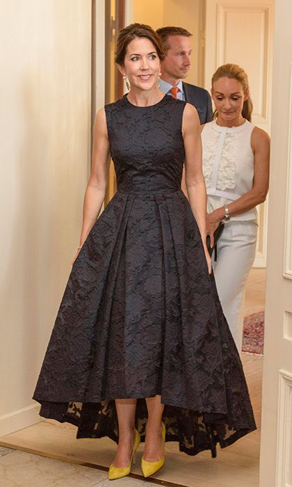 The H&M dress beloved by European royals - HELLO! CANADA