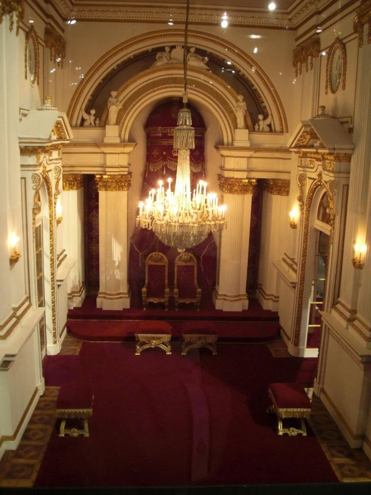 buckingham palace throne room images