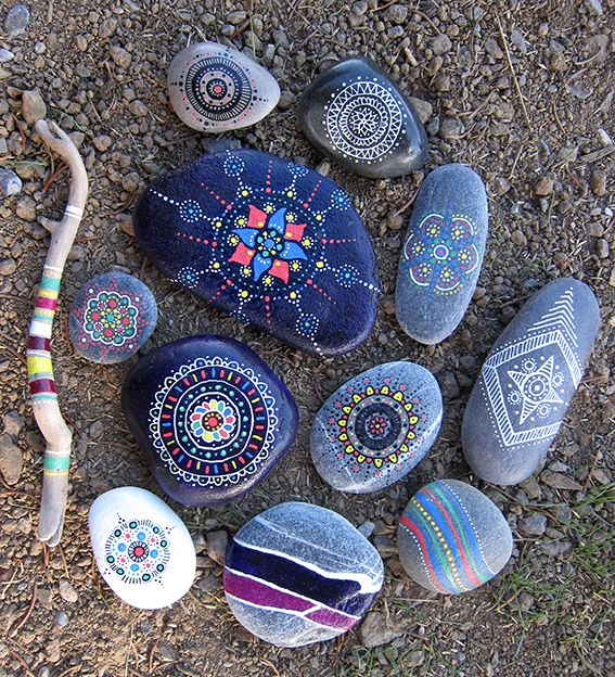Beautiful painted rocks! Great idea for wishing stones or frequency shift stones (-: