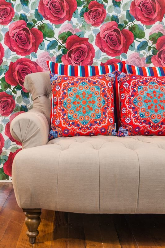 Make your interior design bloom with an amazing addition: beautiful cushion covers! http://www.sunburstoutdoorliving.com/