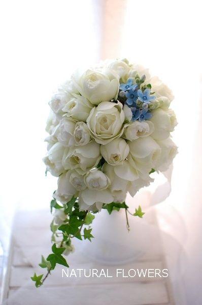 NATURAL FLOWERS(ナチュラルフラワーズ) ブルゴーニュのティアドロップブーケ ~ブルースターをあしらって~