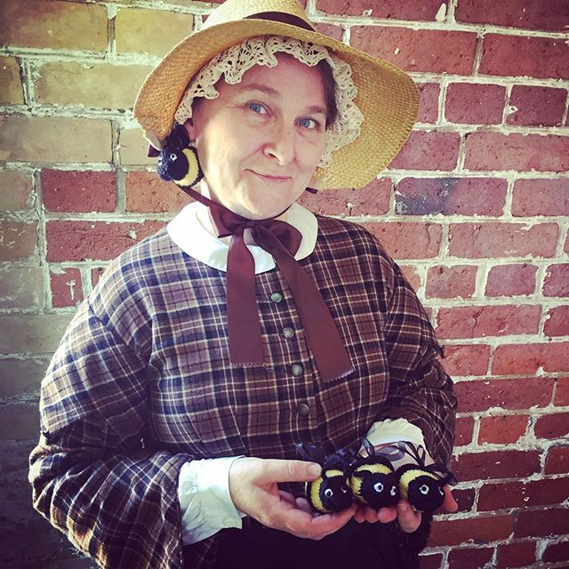 There's a bee in my bonnet!  #TOhistory #tohistoricsites #museums #victorian #northyork #gibsonhouse #livinghistory #fashion #bonnet #hat #silly #itweetmuseums #historicalinterpreter #history #historicalfun